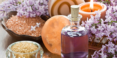 lawendowy olejek i świeczka